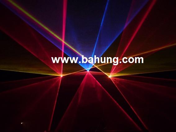Thanh - Cung cấp thi công trọn gói âm thanh ánh sáng vũ trường, disco, bar, coffee Hinhanhdangonline-Disco1