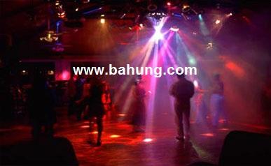 Thanh - Cung cấp thi công trọn gói âm thanh ánh sáng vũ trường, disco, bar, coffee Hinhanhdangonline-Disco2