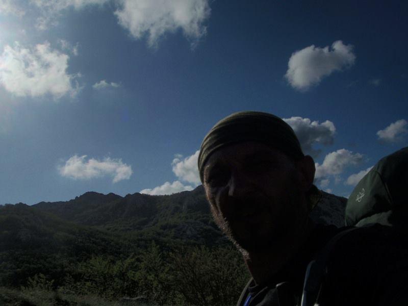 4 planinara,5 pari nogu,9 dana,114 km Velebita 10340171_10203910022422065_3294128595060139860_n_zps92e7fc40