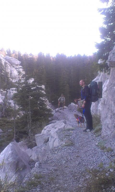 4 planinara,5 pari nogu,9 dana,114 km Velebita IMAG0691_zpsfbfeda18
