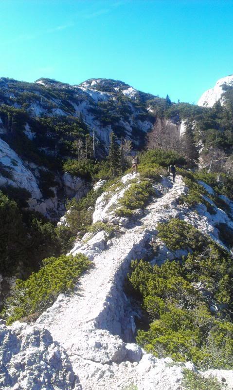 4 planinara,5 pari nogu,9 dana,114 km Velebita IMAG0699_zpsed7d03da