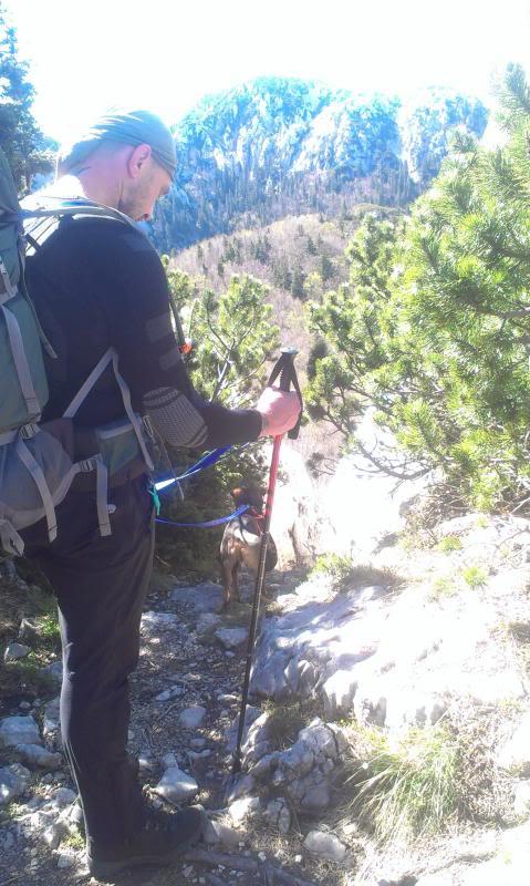 4 planinara,5 pari nogu,9 dana,114 km Velebita IMAG0701_zps23242e3a