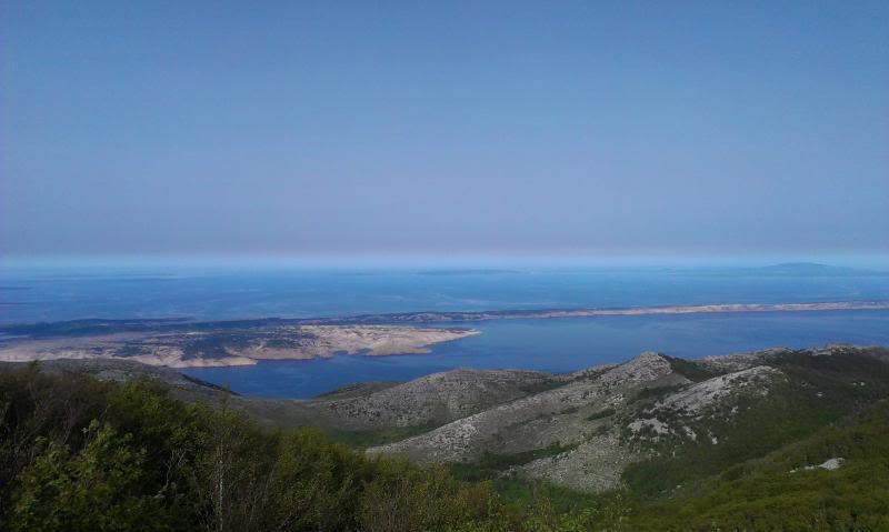 4 planinara,5 pari nogu,9 dana,114 km Velebita IMAG0722_zps0d2ad555