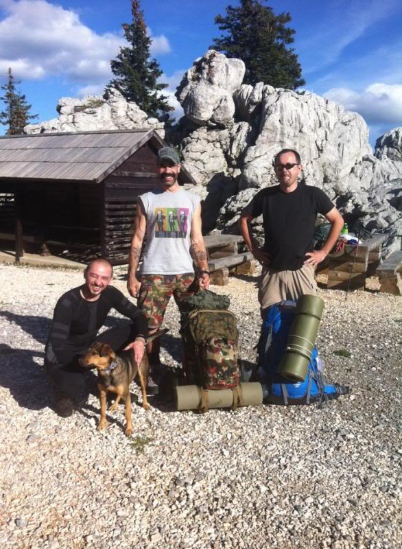 4 planinara,5 pari nogu,9 dana,114 km Velebita Prva_zpsb65f9fd9