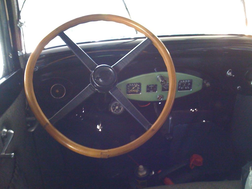Peugeot 301 IMG_0054