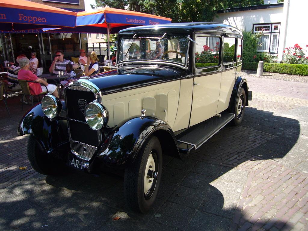 Peugeot 301 P1040322