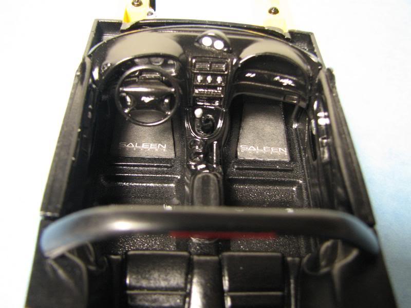 Mustang Saleen Décapotable 1998 MontageInteacuterieur01