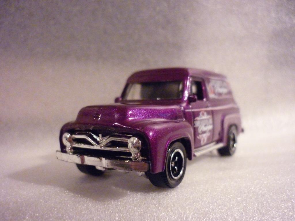 ¿Que  carga esta Ford? P1010276_zpsace86165