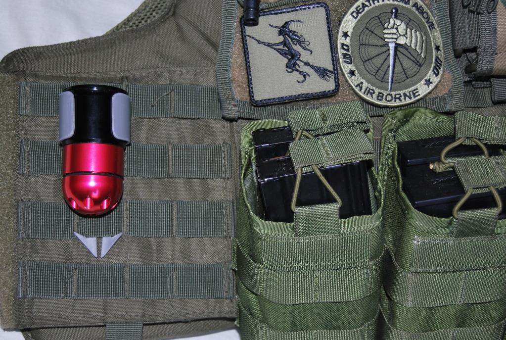 Porta granadas by BRUXA!!!! DSC_0092-2