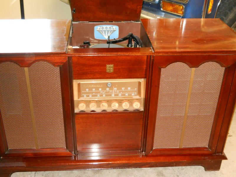Arvin Rhythm Queen Cabinet  866_small