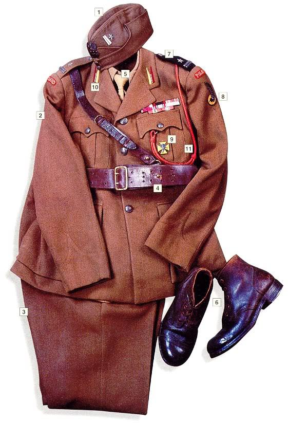 Los uniformes de la Segunda Guerra Mundial Major1stPolishArmouredDivisionUK1942-43