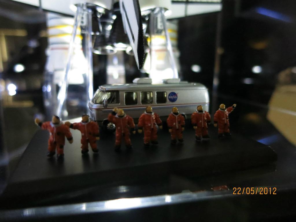 Space Models 475750_3190161394694_1285638861_32281675_1593694733_o