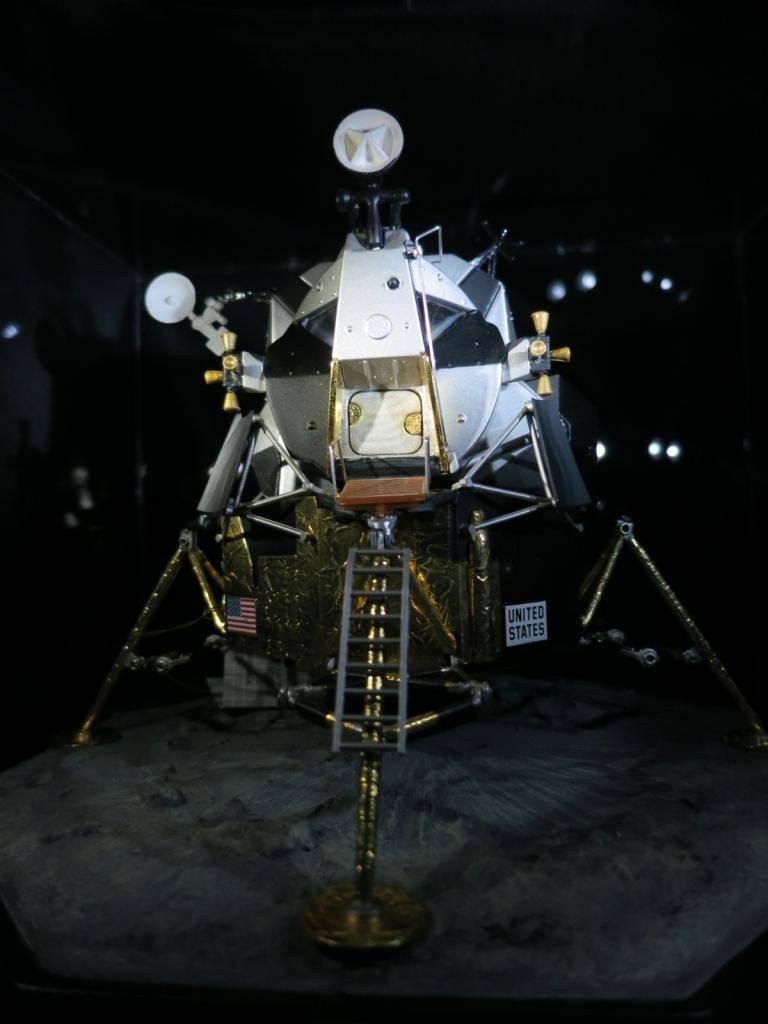 Space Models IMG_0873_zpse8364b06