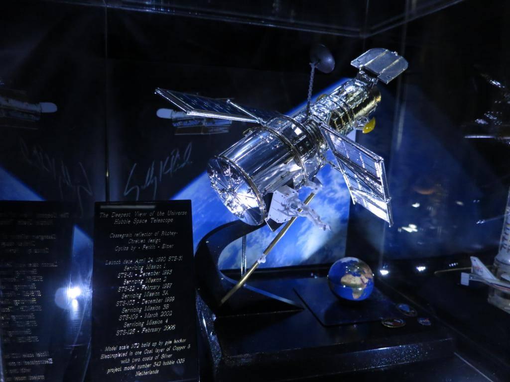 Space Models IMG_0926_zpsd6adb895