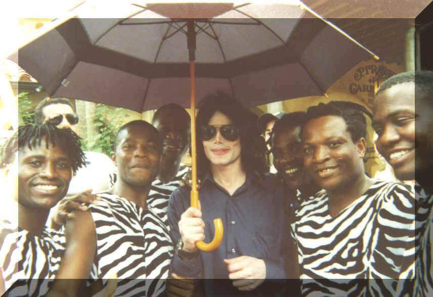Michael ha Accompagnato Con il Tuo Ombrello  MJ2020Kenya20Boys_jpg