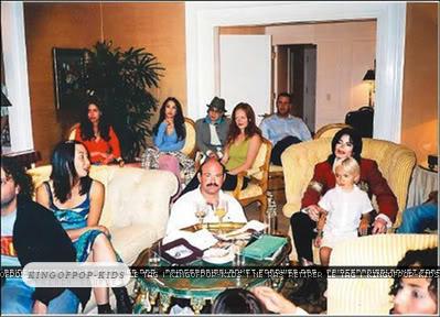 Raridades: Somente fotos RARAS de Michael Jackson. - Página 2 Normal_princemichael