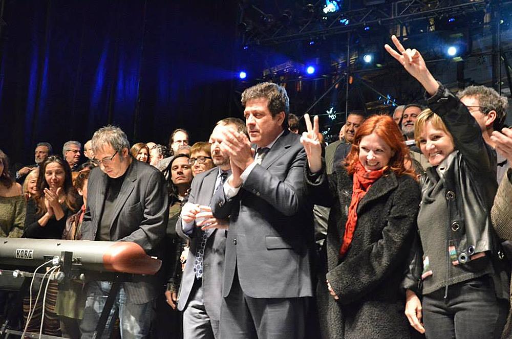 [28/08/2013] Actores y músicos pidieron a la Corte que falle a favor de la ley de medios Andrea-ldm04