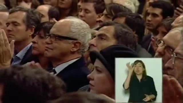 [21/06/2011] Andrea en la Casa Rosada ahora 0-00-02757