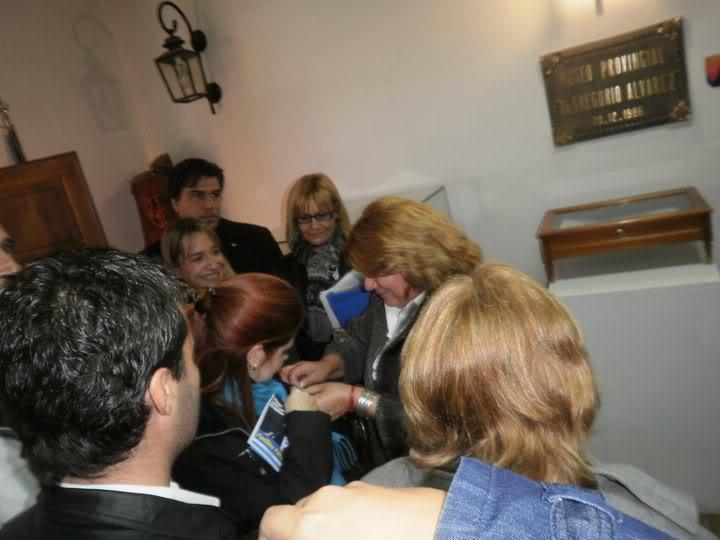 Фотографии и скрины 2011 - Página 2 252496_190631160984587_100001131129088_468103_2195304_n