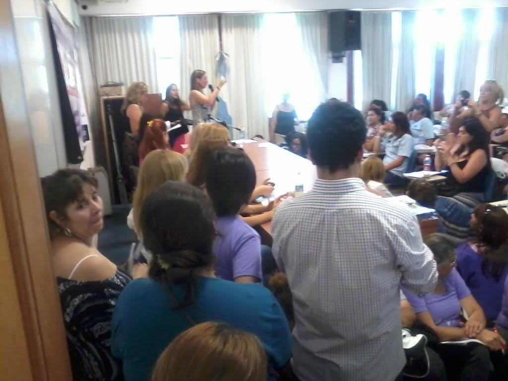 "[24/11/2012] Andrea en Santa Fe ""Mil mujeres contra la violencia de género"" A8fHSNNCQAAclZujpglarge"