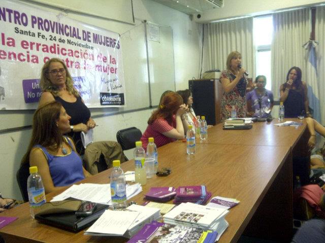 """[24/11/2012] Andrea en Santa Fe """"Mil mujeres contra la violencia de género"""" A8fS-JJCIAAO3qdjpglarge"""