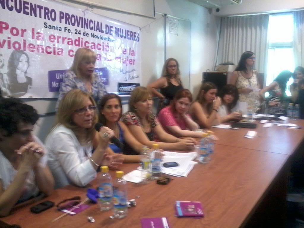 "[24/11/2012] Andrea en Santa Fe ""Mil mujeres contra la violencia de género"" A8fWecJCUAA6tztjpglarge"