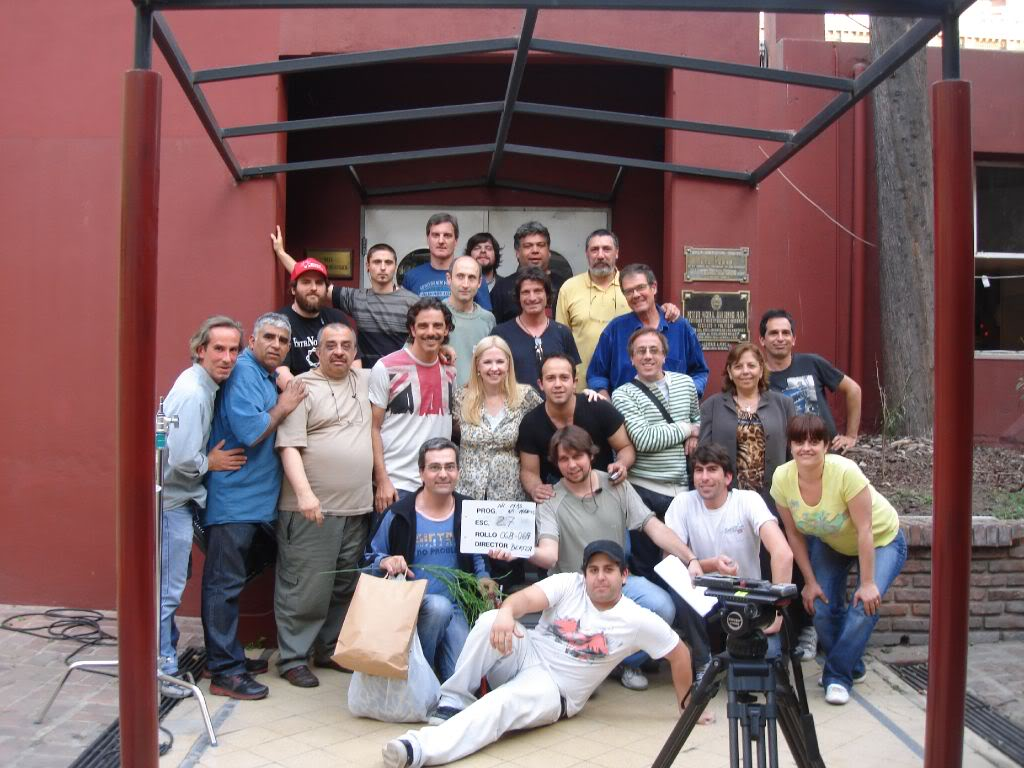 Фотографии и скрины 2011 - Página 6 Ac9mk0ACAAEpbv_jpglarge