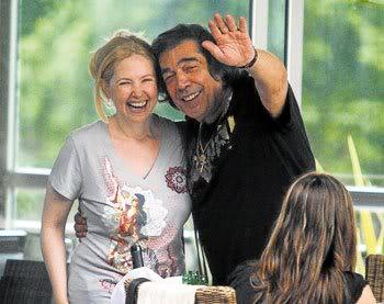 Фотографии и скрины 2011 - Página 6 Andrea-cacho