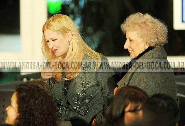 Фотографии и скрины 2011 - Página 3 Andrea_en_olivos