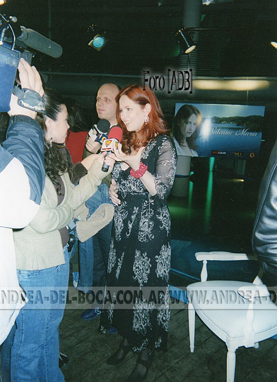 Фотографии / Fotos (часть 3) - Página 2 AndreaenPresentaciondeSalvameMaria_03
