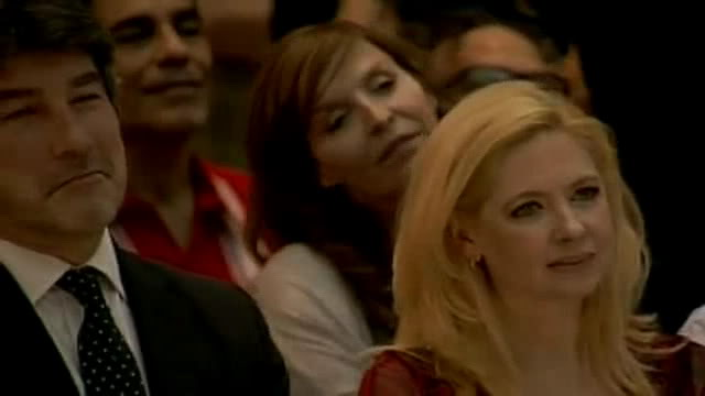 [06/12/2011] Andrea en el acto de Cristina en el Museo del Bicentenario PDVD_037
