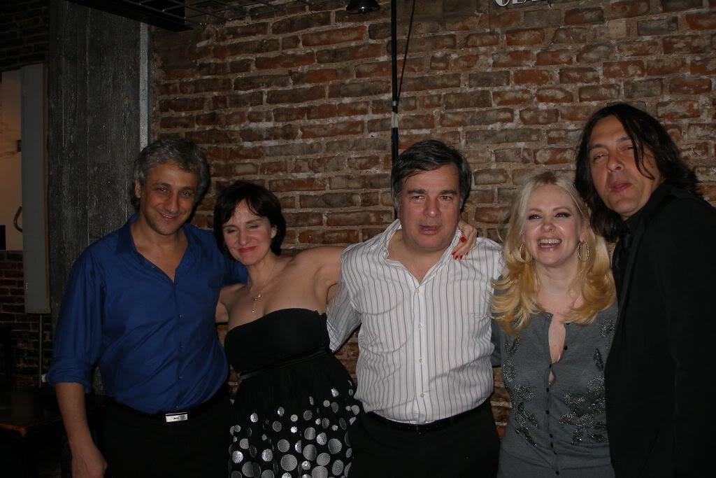 Фотографии и скрины 2011 - Página 5 Amigos002