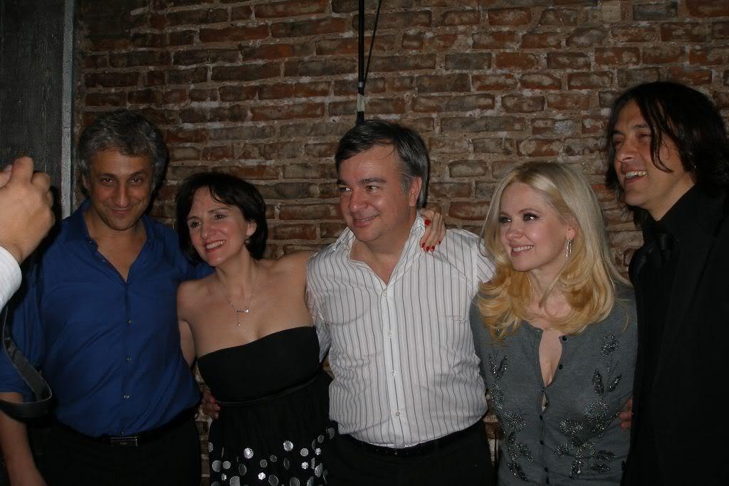 Фотографии и скрины 2011 - Página 5 Amigos003