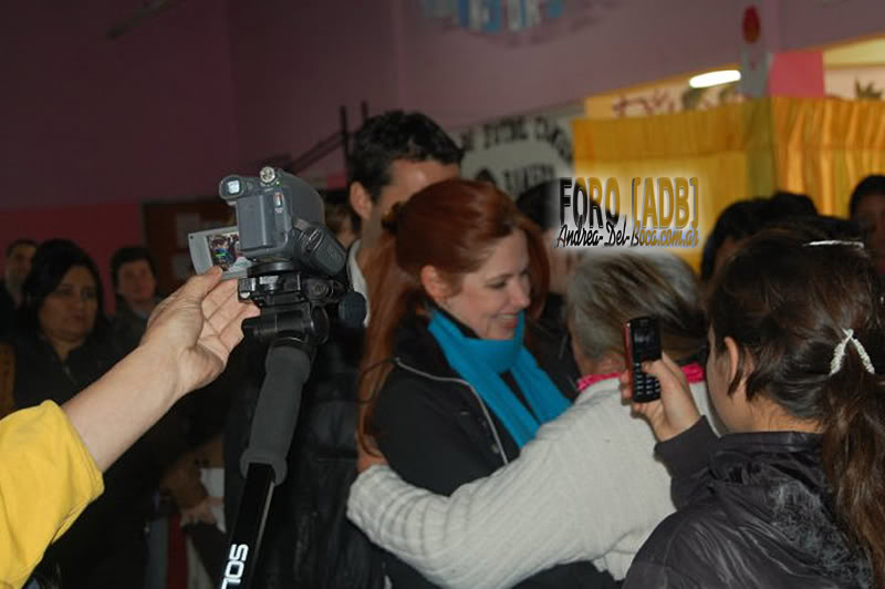 [03/06/2011] Андреа Дель Бока против насилия, поездка в Неукен Neuquen_09-