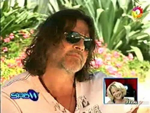 Освальдо Лапорт / Osvaldo Laport - Página 2 Osvaldo_homenaje_a_SS_sabado_show_1812100-00-35704
