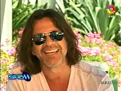 Освальдо Лапорт / Osvaldo Laport - Página 2 Osvaldo_homenaje_a_SS_sabado_show_1812100-01-40362