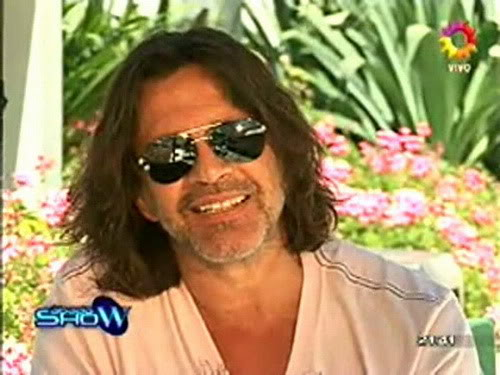 Освальдо Лапорт / Osvaldo Laport - Página 2 Osvaldo_homenaje_a_SS_sabado_show_1812100-01-43033