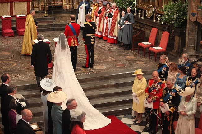 Kraljevsko vencanje 050800755