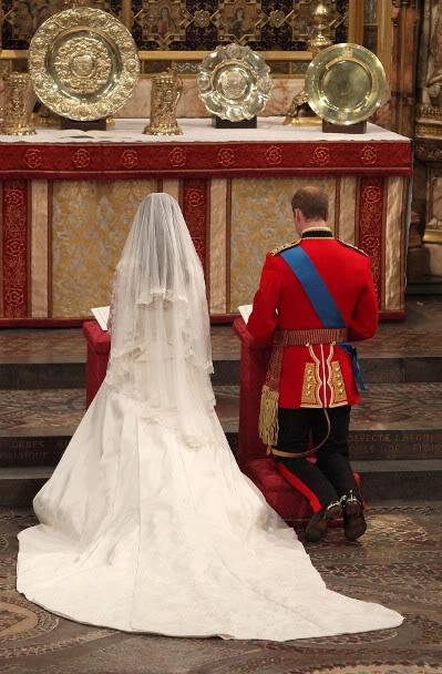 Kraljevsko vencanje 054500756