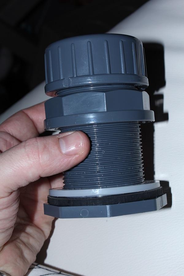 Soucis filtration, passe paroi IMG_4168_zps2c7154c2
