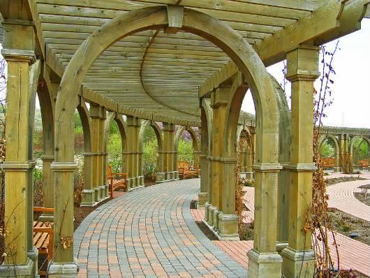 The Eastern Garden Walkway Garden-walkway-roger-reeves-1