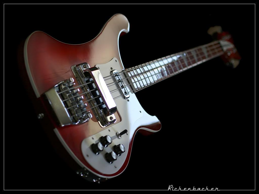 Mostre o mais belo Rickenbacker que você já viu Rickenbacker_Bass_2_by_cycoze