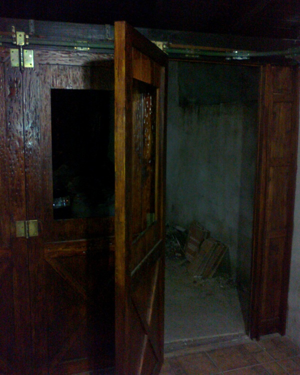 Corredizo - Portón de garaje, en madera, casero, corredizo, curvo.... 150620131058_zpsef12872b