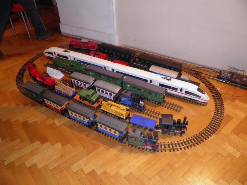 XII. Susret željezničkih modelara (Subota, 26.11.2011.) PB260004