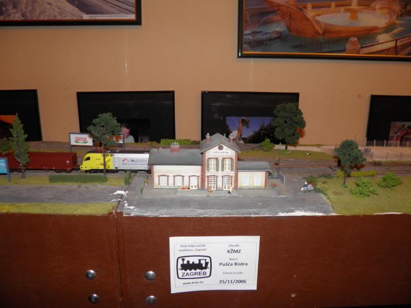 XII. Susret željezničkih modelara (Subota, 26.11.2011.) PB260013