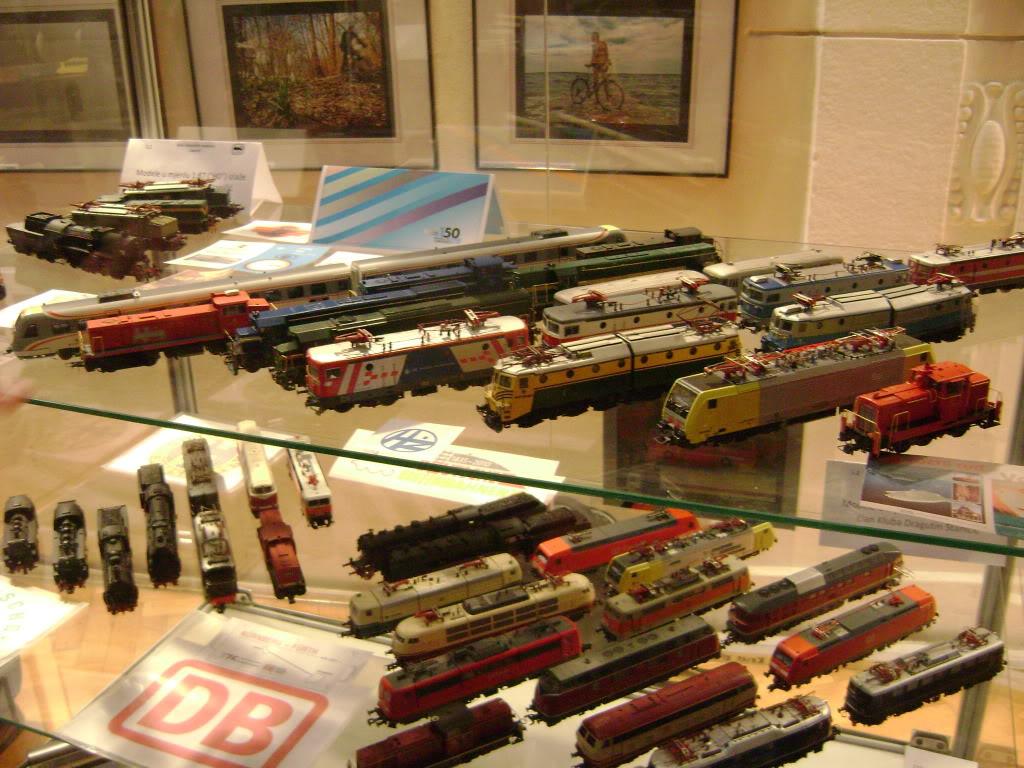 Kratak pogled na susret zeljeznickih modelara (27.11.10.) Autobusi030