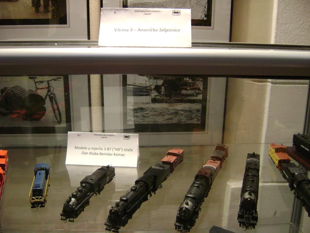 Kratak pogled na susret zeljeznickih modelara (27.11.10.) Autobusi035