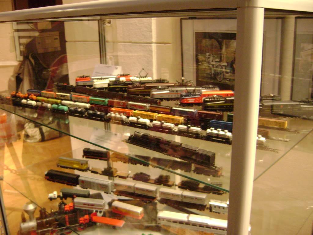 Kratak pogled na susret zeljeznickih modelara (27.11.10.) Autobusi039