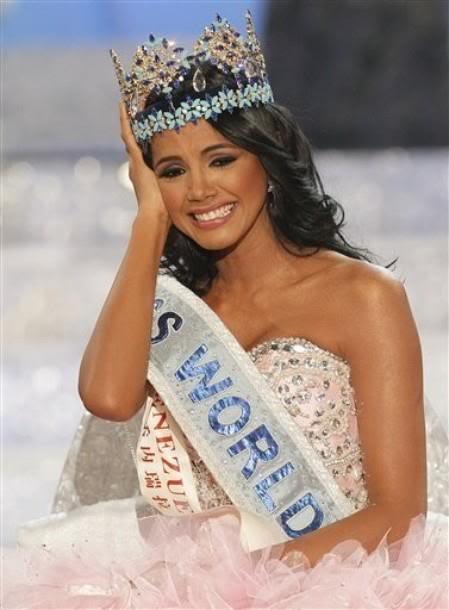 Official Thread of MISS WORLD 2011 - Ivian Sarcos - Venezuela 318352_270479329662560_100001014858446_815286_562199074_n