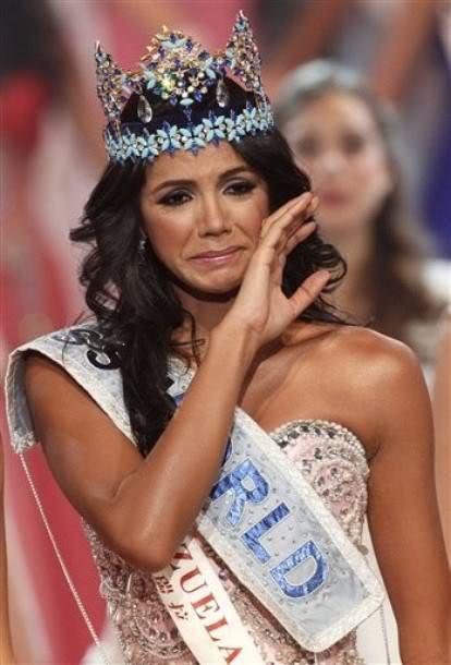 Official Thread of MISS WORLD 2011 - Ivian Sarcos - Venezuela 380328_270479289662564_100001014858446_815285_661396395_n